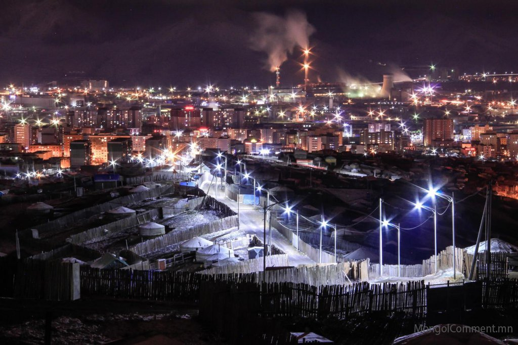 Сум суурин газрын цахилгаан эрчим хүчний орой, шөнийн тарифыг 100 хувиар хөнгөллөө